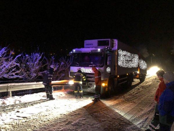 T03-VU-Berg.-Öl vom 15.01.2018  |  © Feuerwehr Sebersdorf (2018)