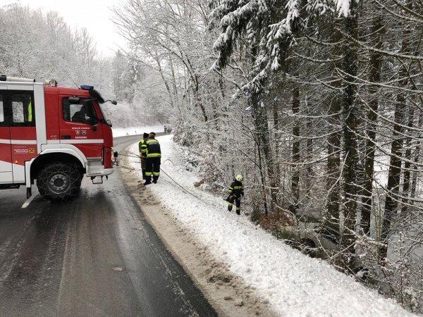 T03-VU-Berg.-Öl vom 08.02.2018  |  © Feuerwehr Sebersdorf (2018)